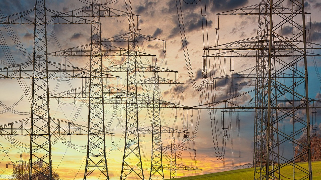 México limitará energía renovable producida por privados: CFE