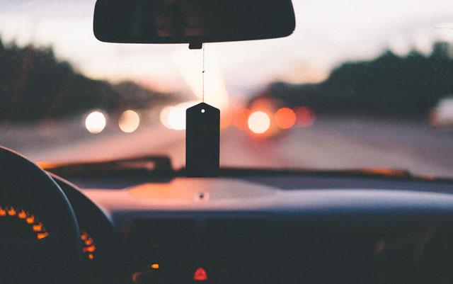 Coche automático gasta mas gasolina