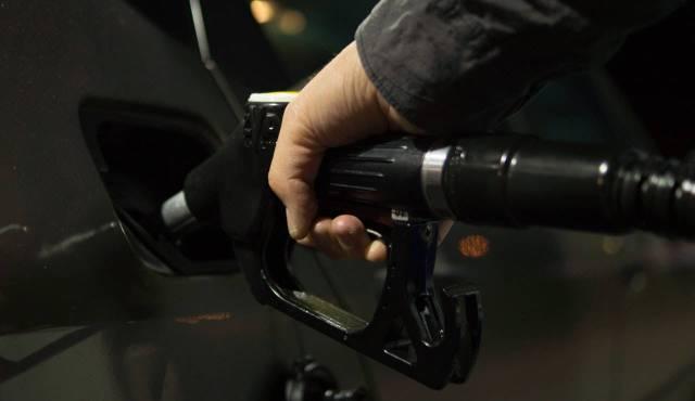 AMLO: En 2024, México ya no comprará gasolina en el extranjero