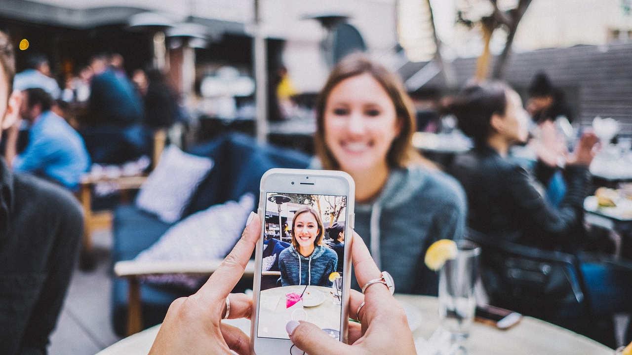Ahora podrás ganar dinero con tus historias en Facebook