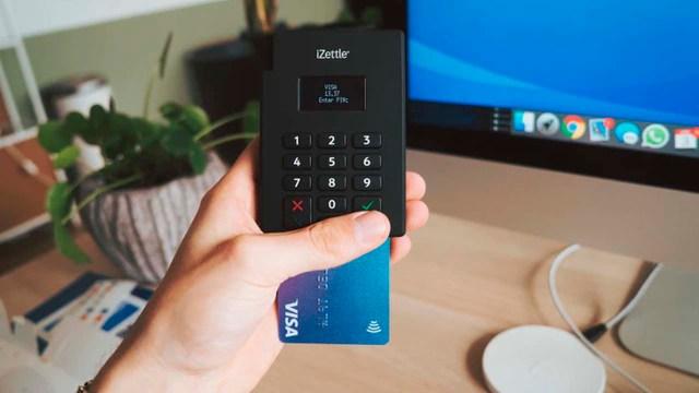 Mexicanos tienen tarjeta de crédito