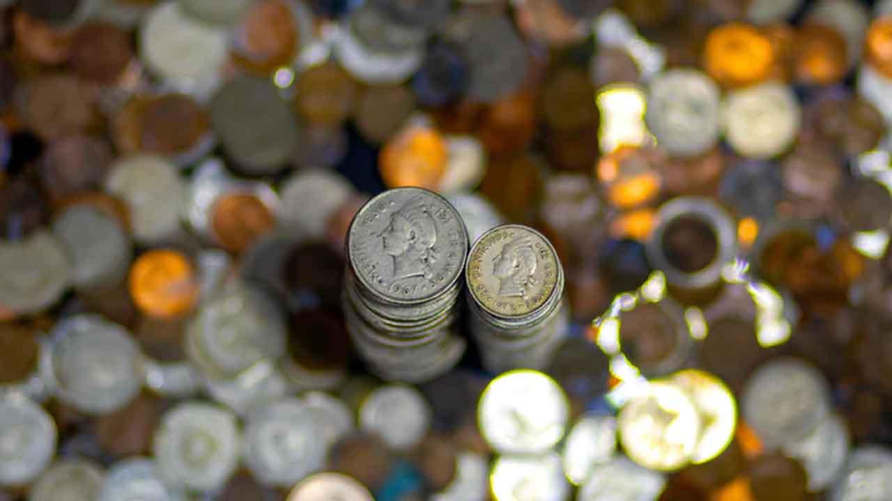 Subasta de moneda de oro