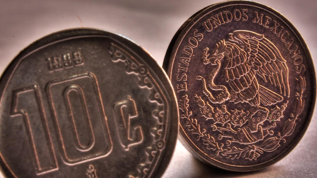 Estas monedas de 10 y 50 centavos alcanzan un precio total de 34 mil pesos en línea