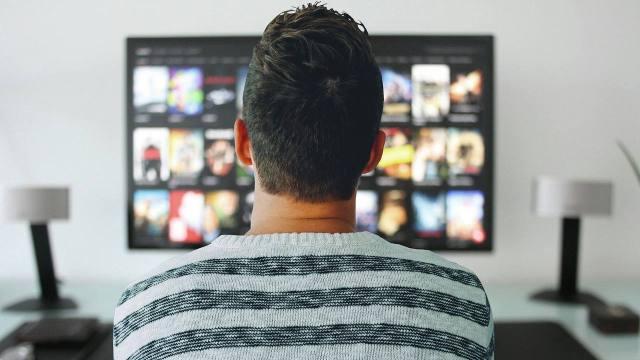Morena propone impuesto de 7% a plataformas de streaming