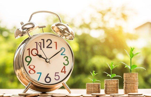 El dinero crece con el paso del tiempo en la inversión