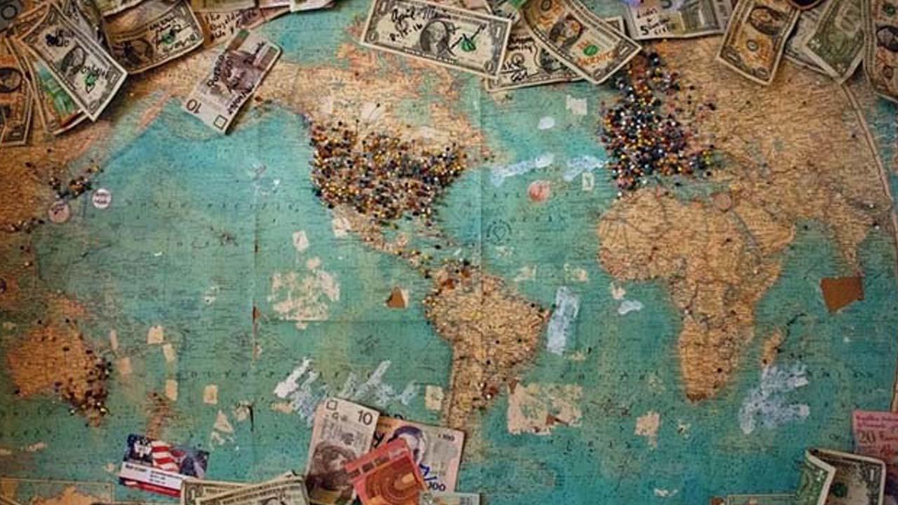 Dólares en el mundo