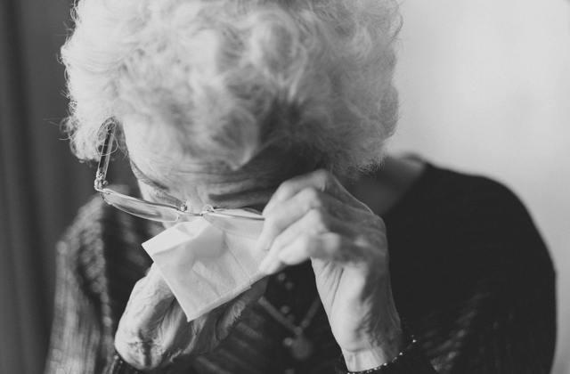 Si viviste en unión libre por más de 5 años con alguien, tienes derecho a reclamar pensión por viudez