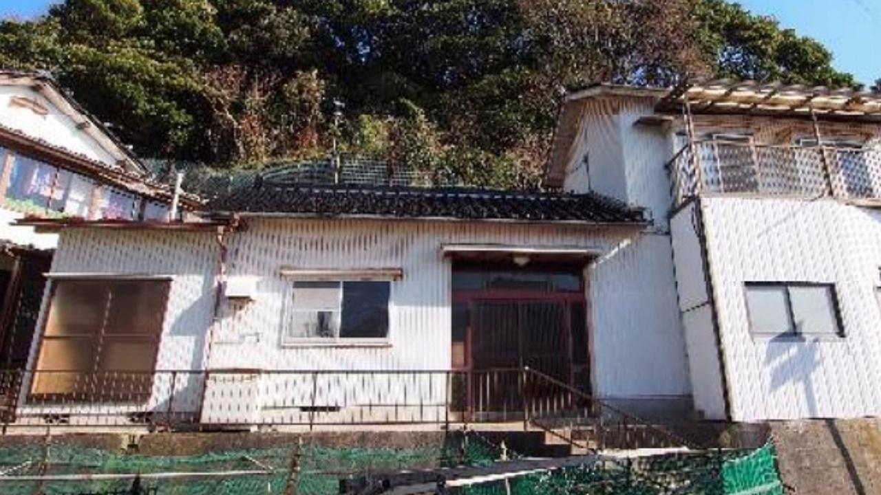"""Según cálculos oficiales, en zonas rurales de Japón hay más de ocho millones de casas abandonadas o """"Akiya""""."""