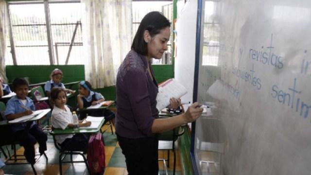 Por medio de su programa LEC, la SEP te paga por dar clases a niños de escasos recursos