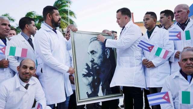 Parlamento Europeo califica como esclavitud moderna misiones de médicos cubanos