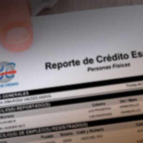 ¿Cómo puedo corregir un error en mi historial crediticio?