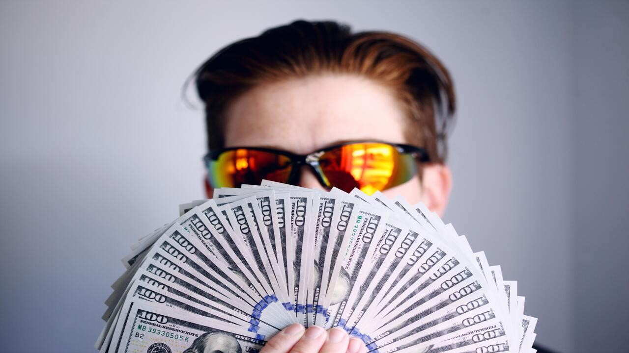 como ser rico con mi sueldo