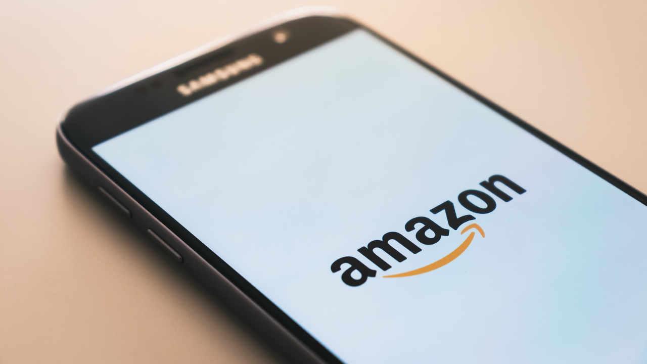 Amazon lanza oferta de empleo para experto en criptomonedas