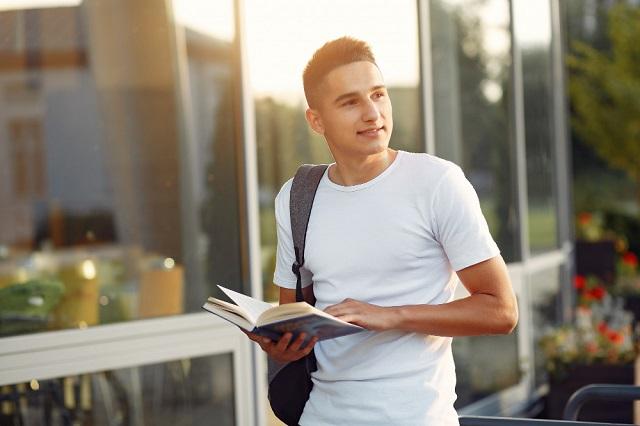 La Beca de Manutención 2021 será otorgada a estudiantes de Educación Superior inscritos en planteles públicos