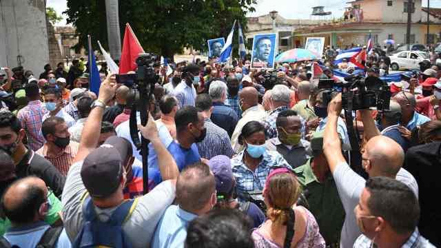 ¿A qué se deben las protestas en Cuba?