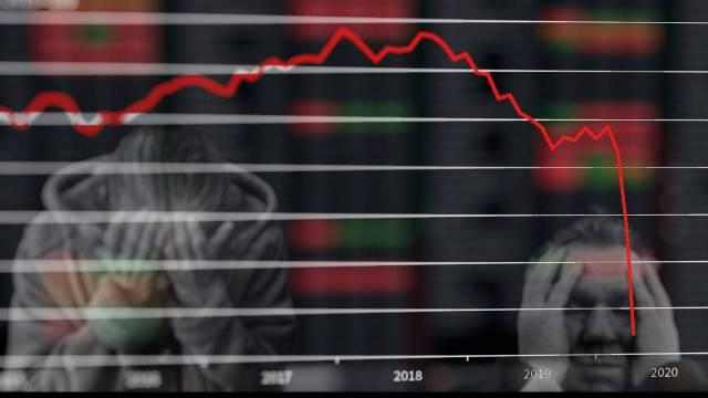 Afores registran 15% más retiros al primer semestre de 2021 que hace un año
