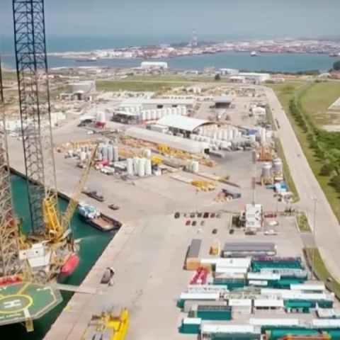 La refinería Dos Bocasse está construyendo en una zona que Pemex había prometido proteger