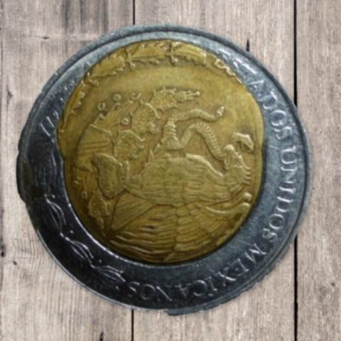 Monedas de peso se venden hasta en 10 mil pesos