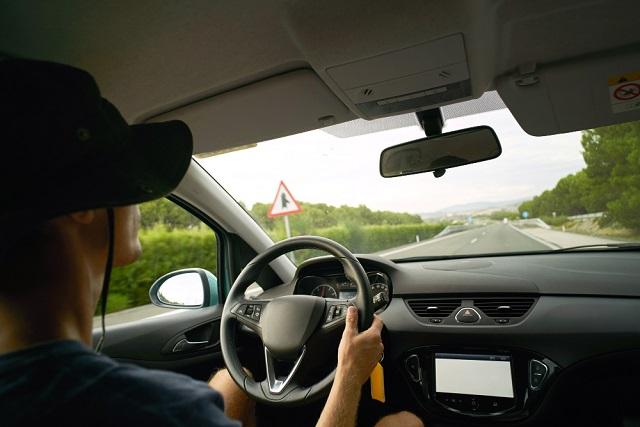 Para acceder al seguro, el conductor se tiene que acercar a la caseta más cercana