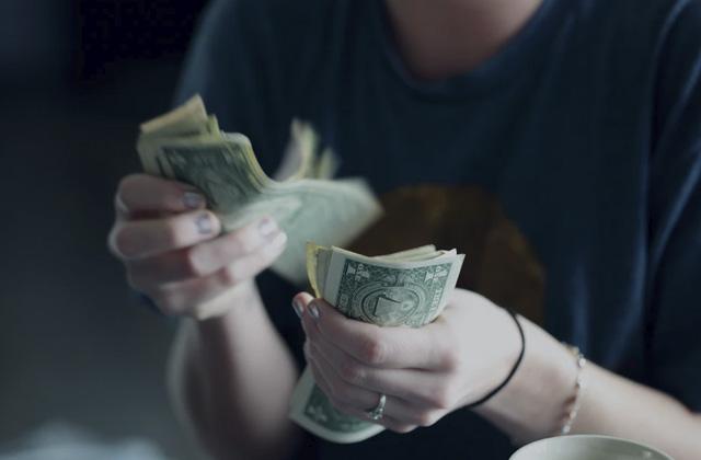 Cotización dólar pierde de nuevo