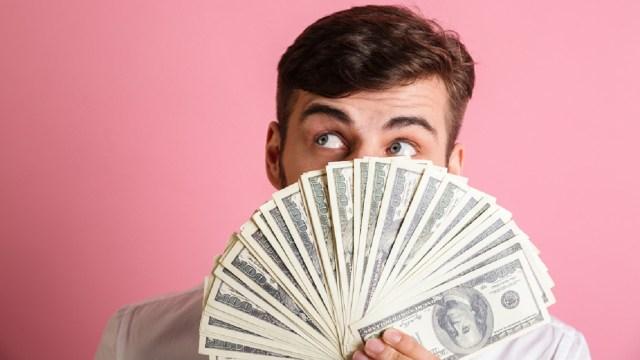 Probablemente consideres que convertirte en millonario es imposible pero tal vez sólo se trata de modificar tus hábitos