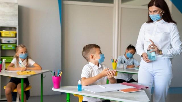 El regreso a clases presenciales no será obligatorio, los padres de familia decidirán si sus hijos asisten a las aulas
