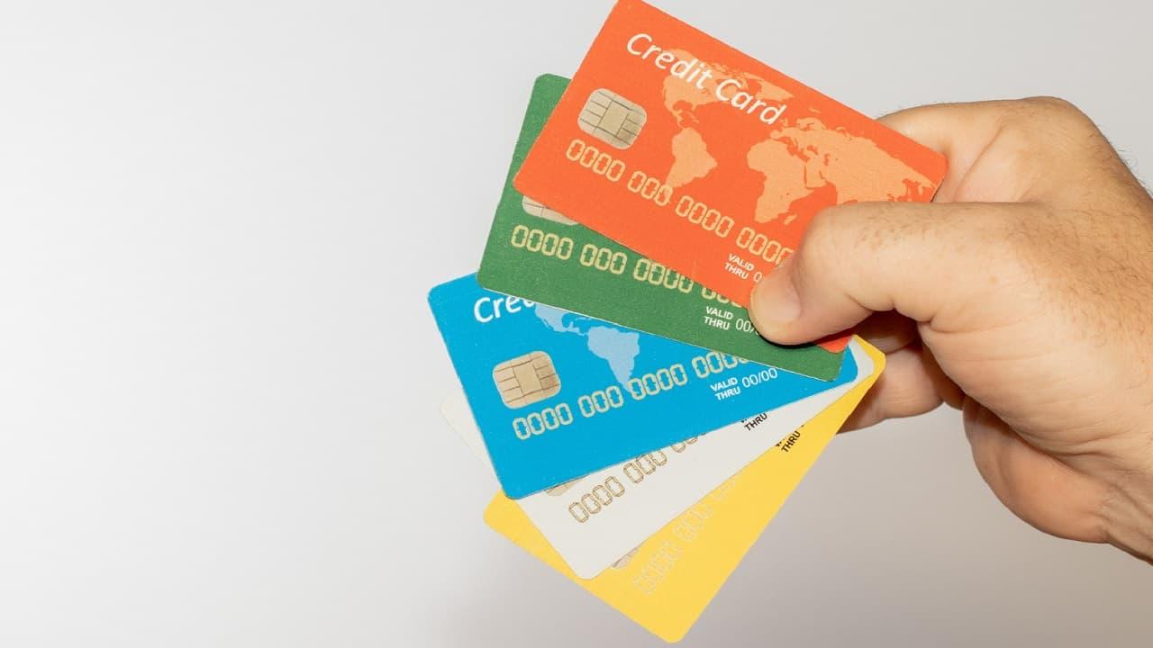 Así funciona una tarjeta de crédito adicional