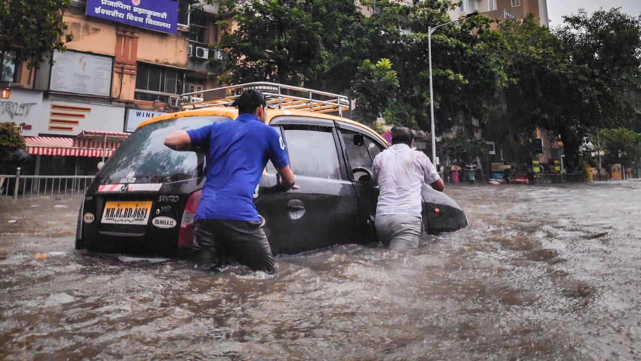 auto inundación