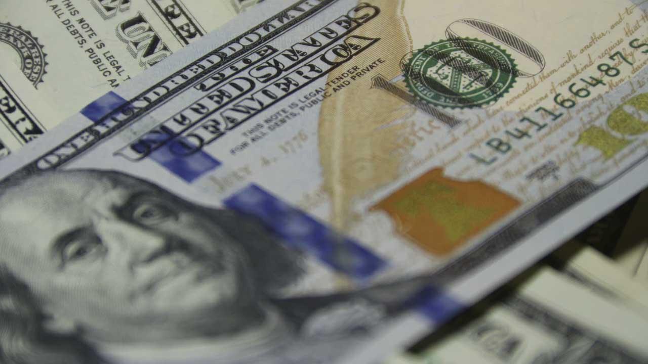 A cuanto está el dólar este día