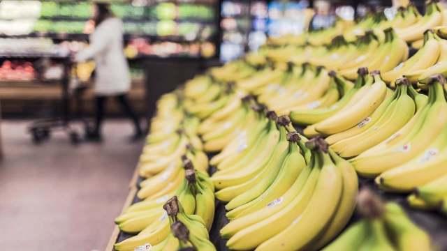 3 consejos para ahorrar mucho dinero al surtir tu alacena en el supermercado