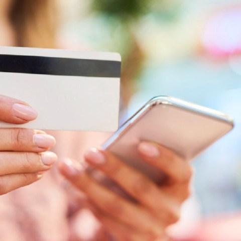 Características y ventajas de una tarjeta de crédito fintech
