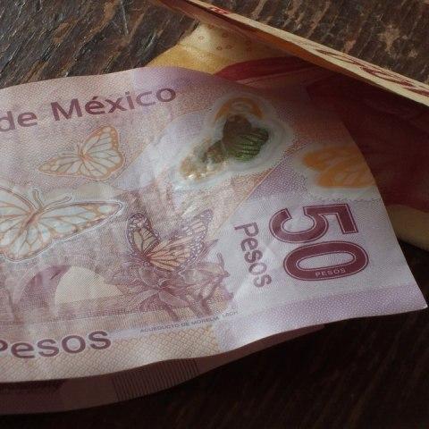 Billetes que cuestan más de mil pesos