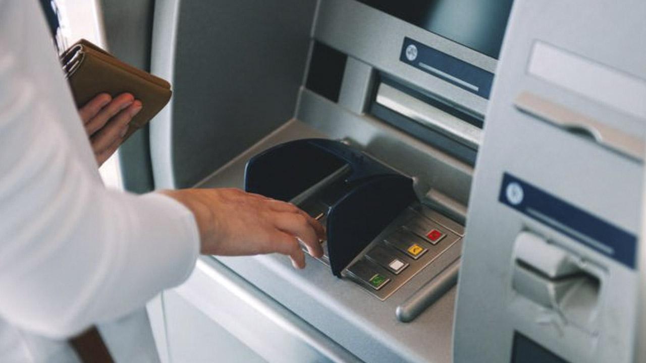 Cambiar de banco eliminará tu deuda