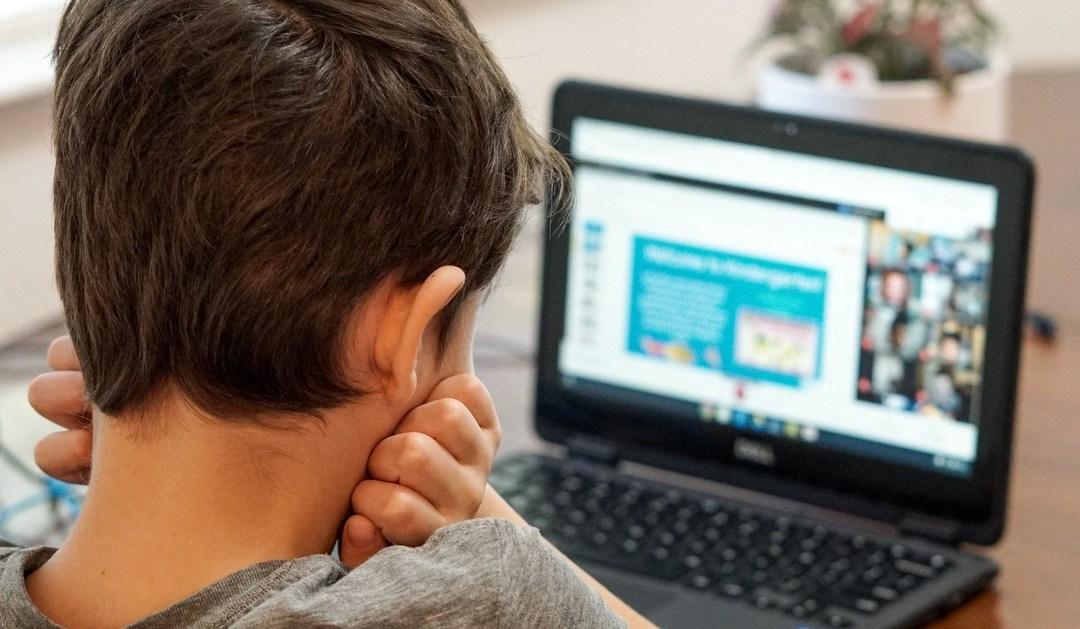 Jak wspierać emocje dziecka w czasie pandemii i nauki zdalnej. Joanna Kalembka