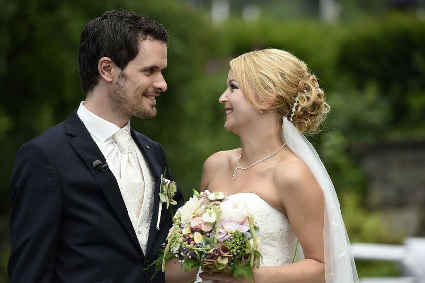 Mann Auf Hochzeit Ueberraschen