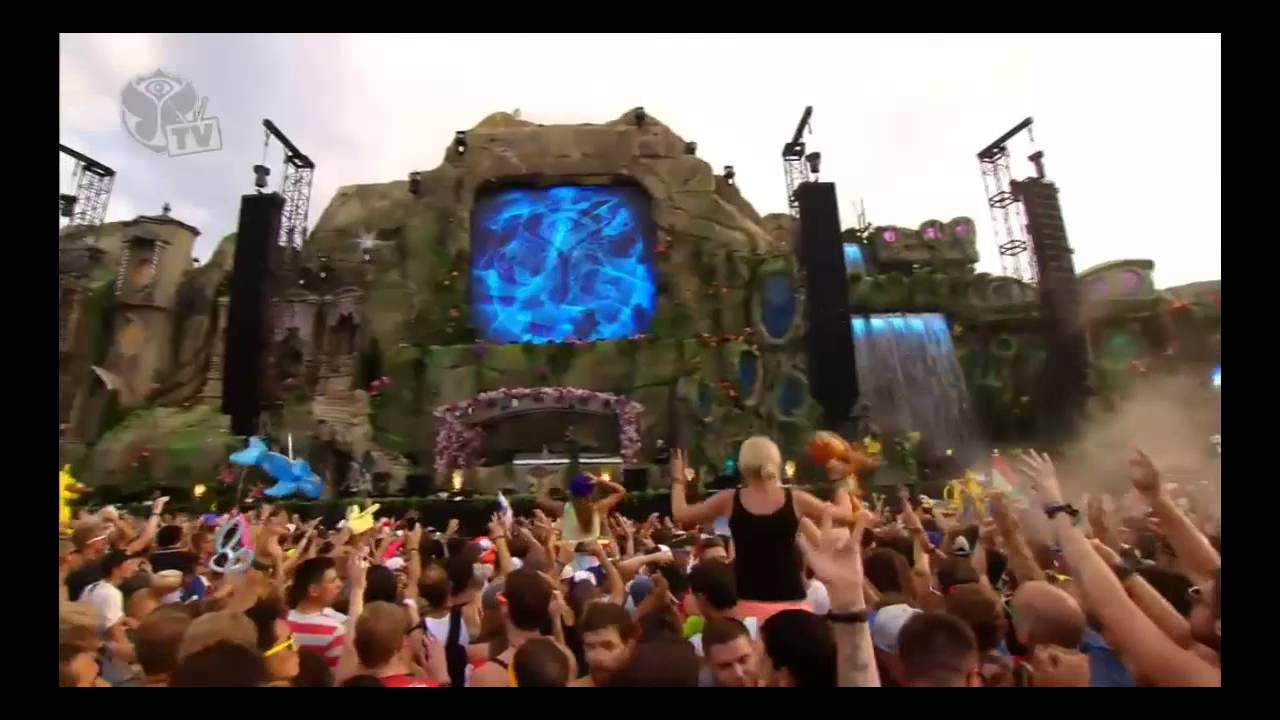 Knife Party Live @ Tomorrowland 2013 – (HD Video)