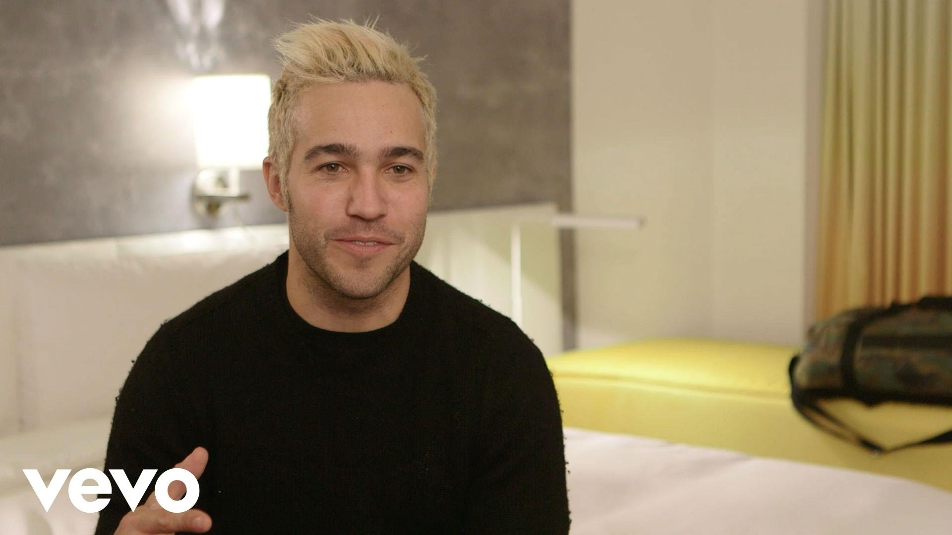 Pete Wentz – What's In My Room brought to you by Marriott Rewards