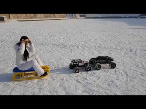 X-maxx 8s & Summit – Pulling a Girl on Snow