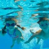 ウォータースライダーも楽しめる!東淀川屋内プールの魅力と子どもと行くときの注意点