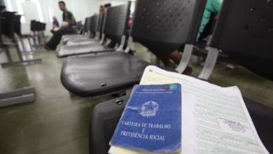 Foto de A taxa de desemprego alcança mais mulheres, negros e jovens no Estado do Ceará.