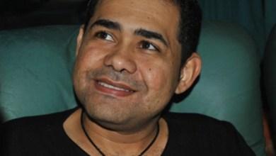 """Foto de """"Um Livramento de Deus"""" diz Cantor Batista Lima sobre acidente de carro"""