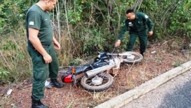 Foto de Falta de sorte! Assaltantes roubam moto mas gasolina do veículo acaba