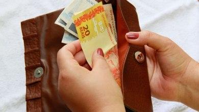 Foto de Caixa paga R$ 1,2 bi de auxílio emergencial para nascidos em abril