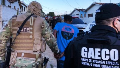Foto de Pessoas em Mauriti e mais 15 municípios do Ceará são alvos de operação a nível nacional contra facção criminosa