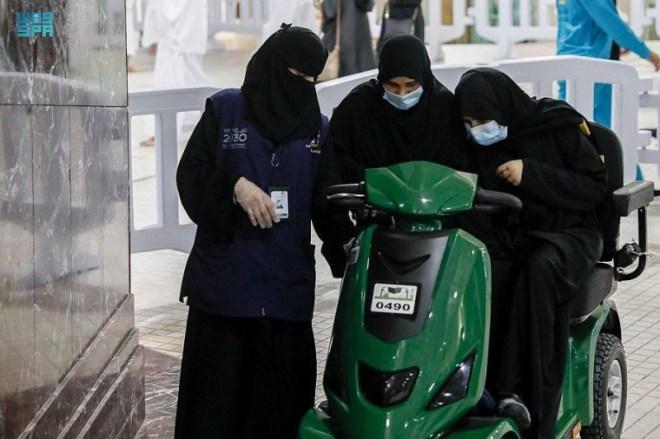 1500 امرأة لخدمة قاصدات وزائرات المسجد الحرام – أخبار السعودية