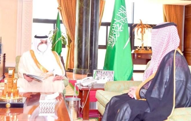 أمير تبوك يطلع على التدابير الوقائية بمطار الأمير سلطان – أخبار السعودية