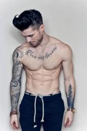 tatuajes para hombres lucen