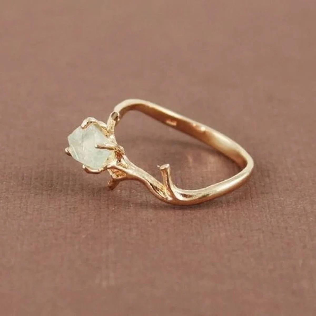 30 Increbles anillos de compromiso minimalistas y perfectos