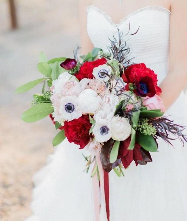 30 ideas de arreglos florales originales para ramo de novia