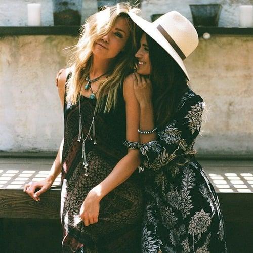 20 ideas de fotografas que debes tener con tu hermana